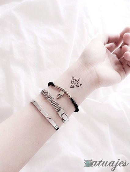 tatuajes bonitos de mujer